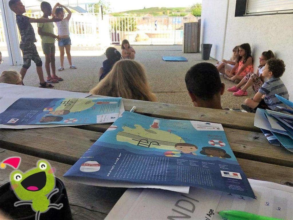 Mini club enfant en matinée au Camping de la Plage de Tréguer